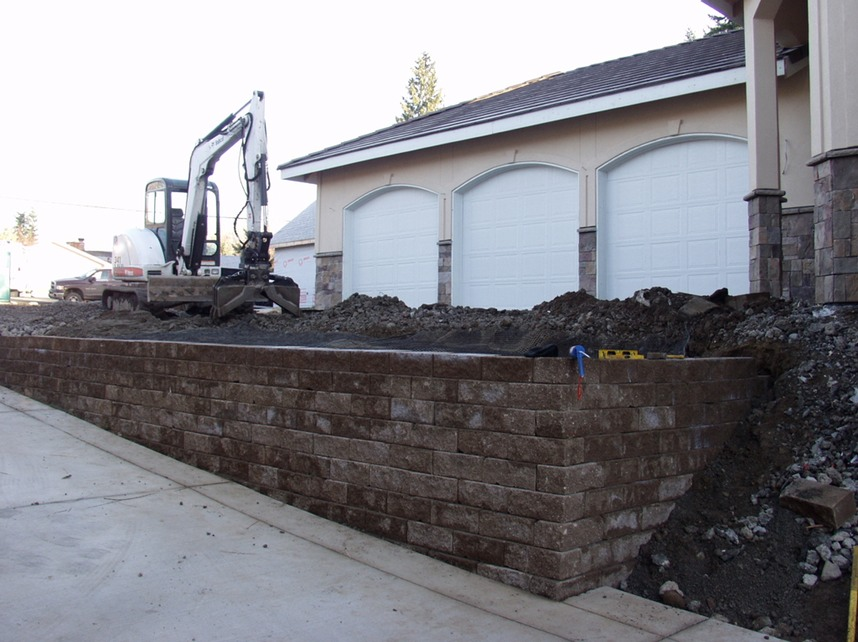 brown blockwall